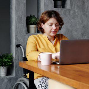 Discriminations in labor market 2